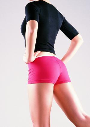 Упражнения для подтяжки задней поверхности бедра