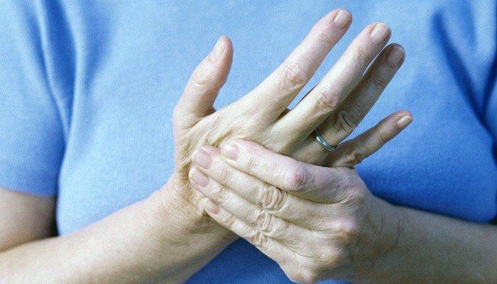 болезнь суставов ноги у человека