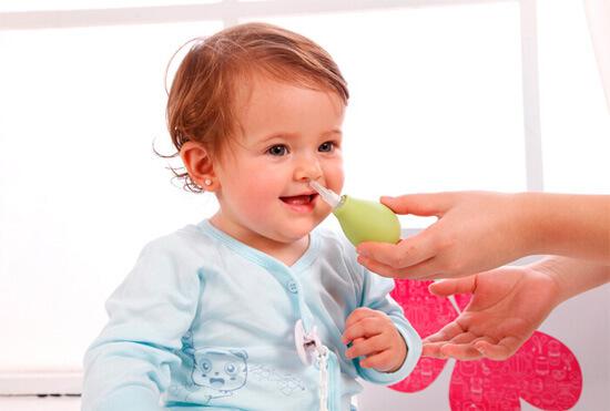 Детские болезни, неприятный запах изо рта у ребенка при ангине