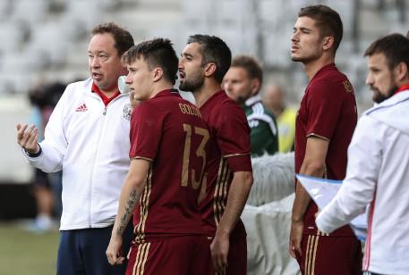 Русские футболисты уступили Чехии срезультатом 1:2