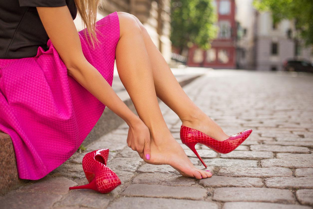 как сильно болят ноги от каблуков