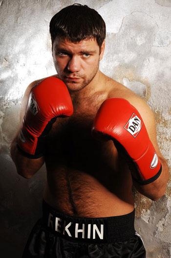 Денис Рехин, бокс, поединок за титул Чемпиона Мира по боксу