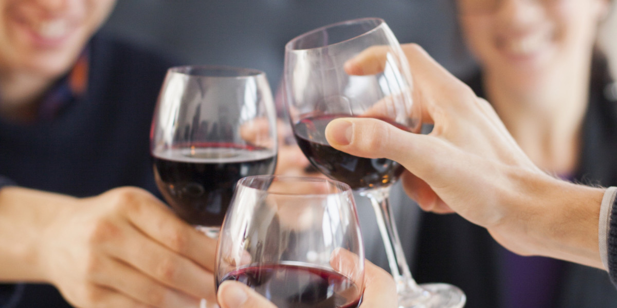 Можно ли пить вино каждый день: последствия, польза и вред