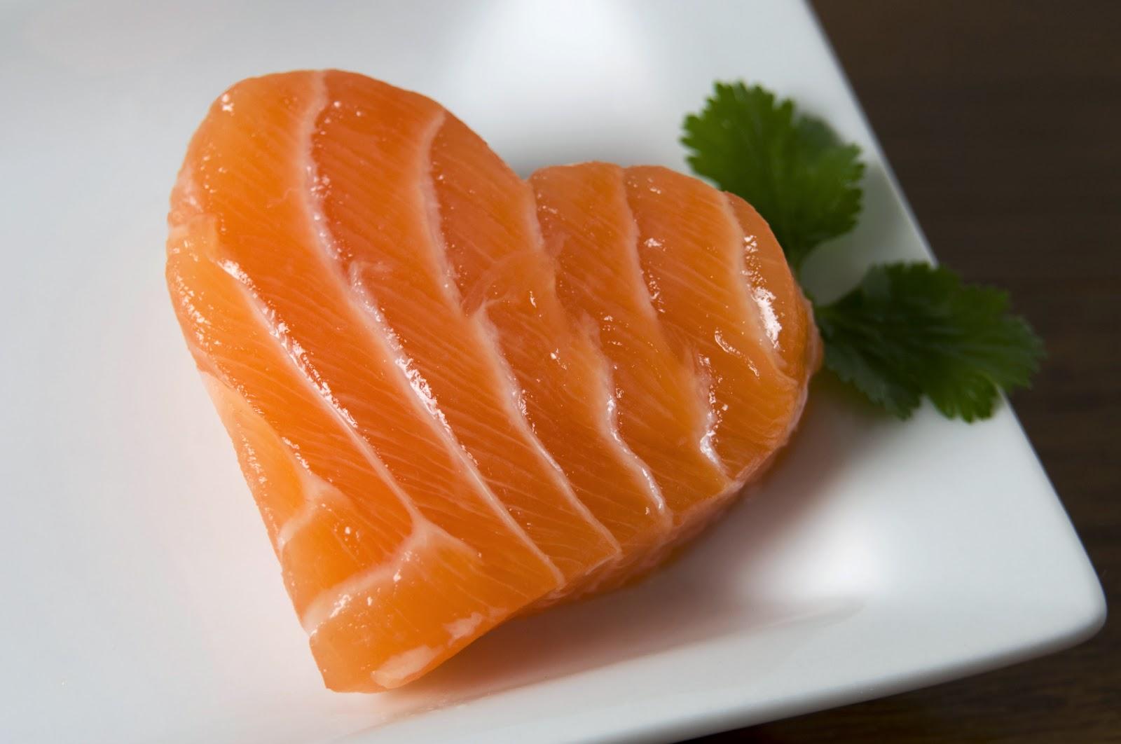 Омега-3 разжижает кровь или сгущает — 6 полезных свойств рыбьего жира для снижения холестерина и чем опасен его дефицит?