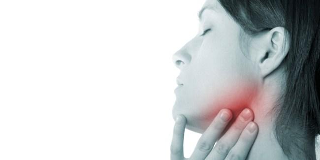 Почему воспаляются лимфоузлы на челюсти