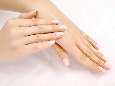 Ушиб кисти руки при падении: симптомы, лечение