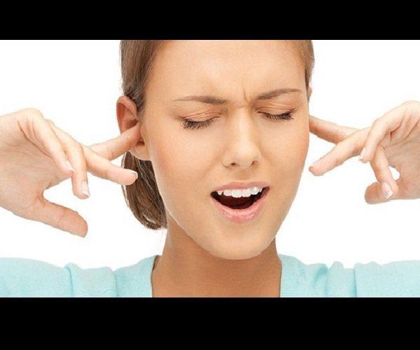 Болит шея и шум в ушах