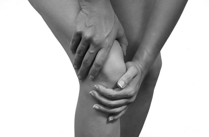 Эффективные народные средства для снятия боли в коленях